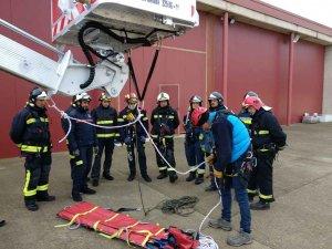 Curso intensivo de los bomberos sobre trabajos en altura