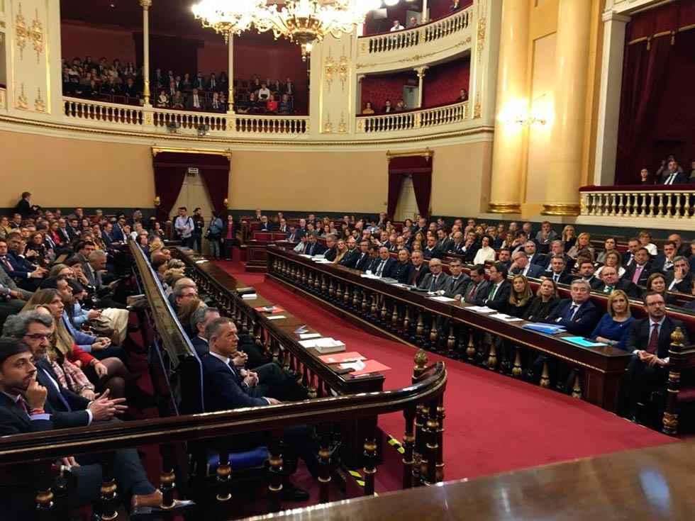 Los parlamentarios sorianos toman posesión de sus escaños