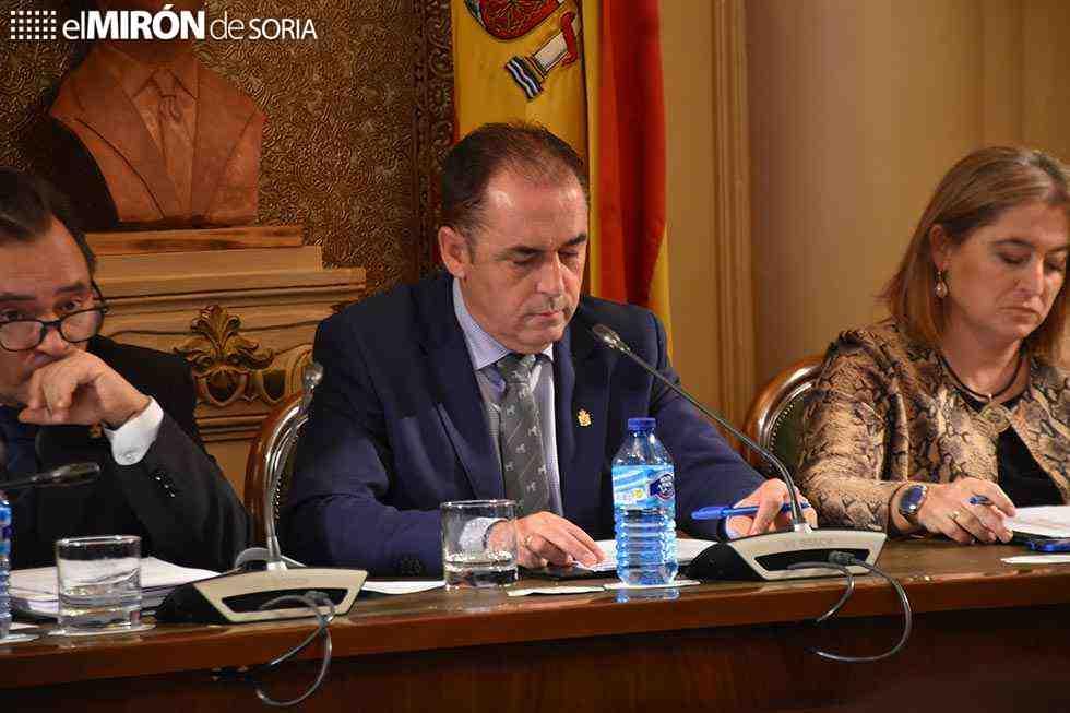 Serrano responsabiliza al PSOE de realizar doble juego en la Diputación