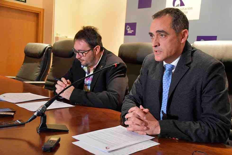 La Diputación insta a Martin Navas a clarificar su situación
