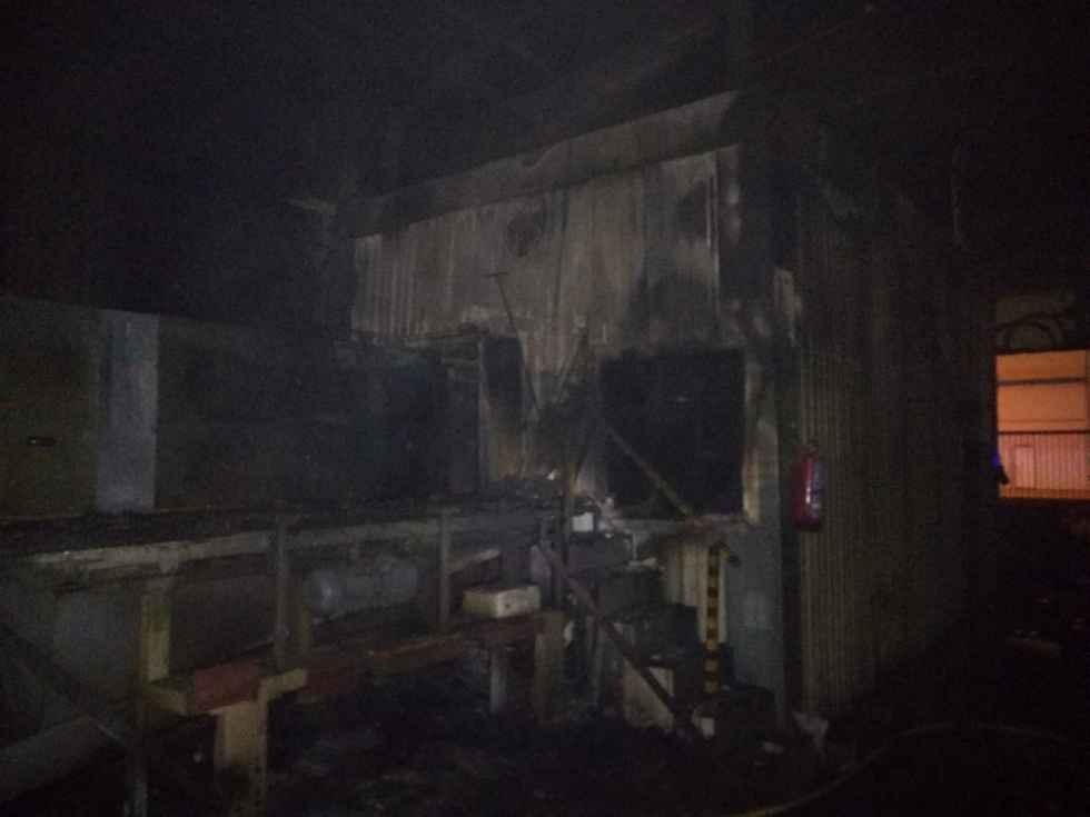 Incendio en la nave de la empresa ASH, en el polígono de Ágreda