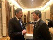 Mañueco asiste a la presentación del libro de Rajoy