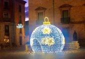 Almazán enciende por primera vez sus luces navideñas