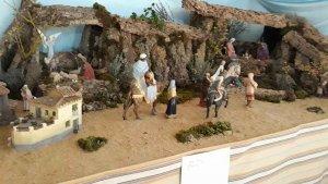 Villar del Río luce un Belén con figuras de hace 70 años