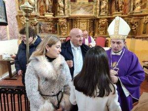El Obispo bendice la rehabilitada iglesia de Carabantes