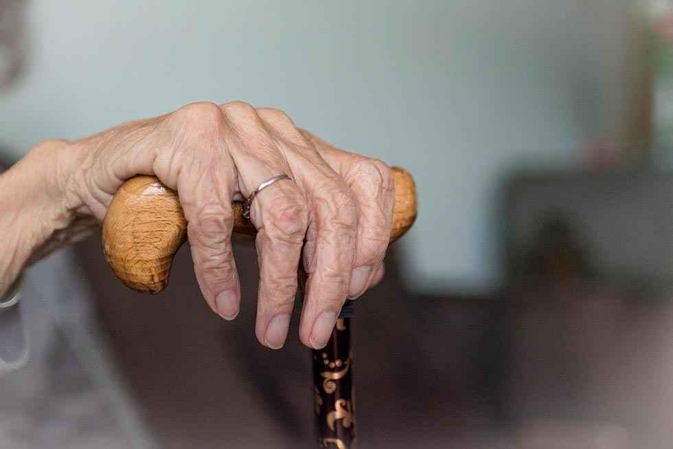 UGT denuncia la privatización de residencias de mayores