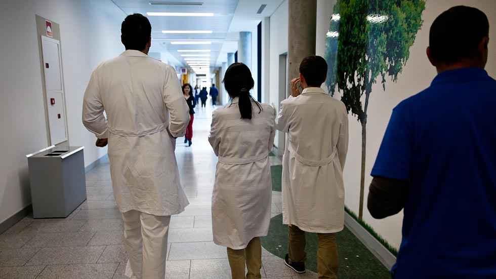 Sanidad aflora pacientes en listas de espera