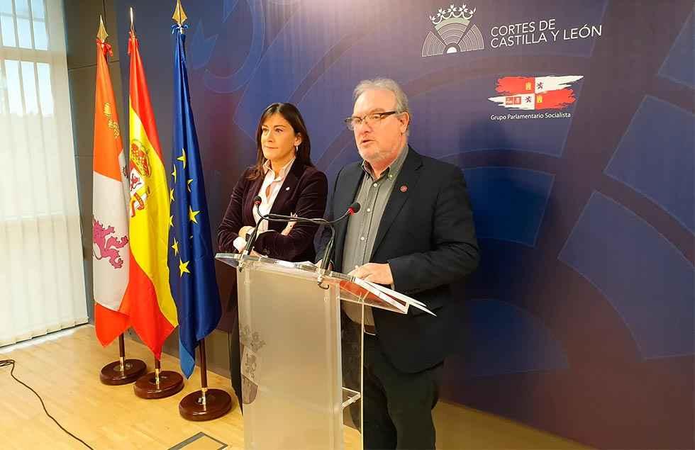 """El PSOE cifra en 1.100 millones el """"desfalco"""" en corrupción"""