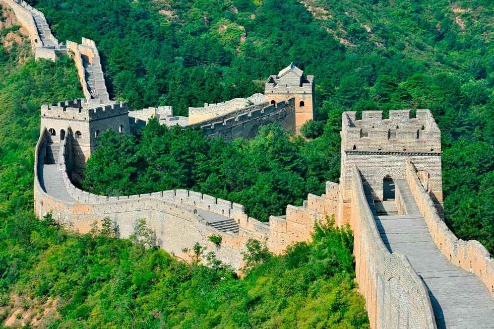 """El Club de los 60"" cancela viajes a China"