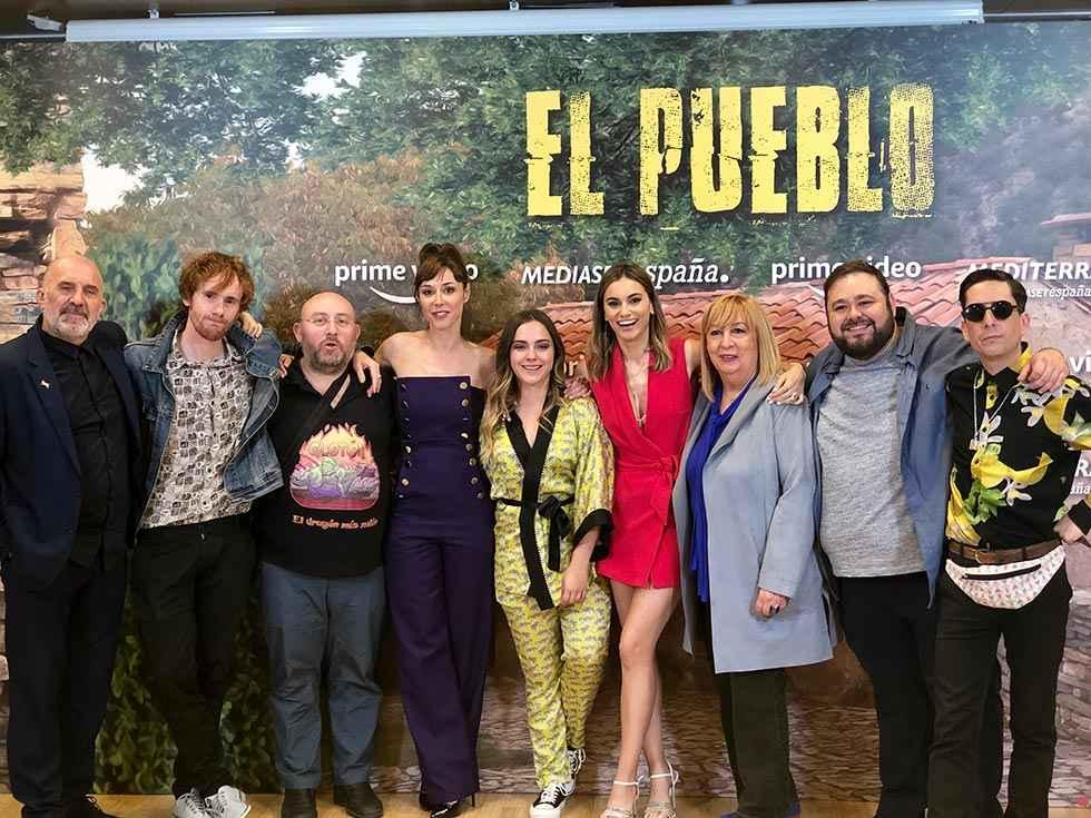 """""""La que se avecina"""" y """"El Pueblo"""", en un episodio"""