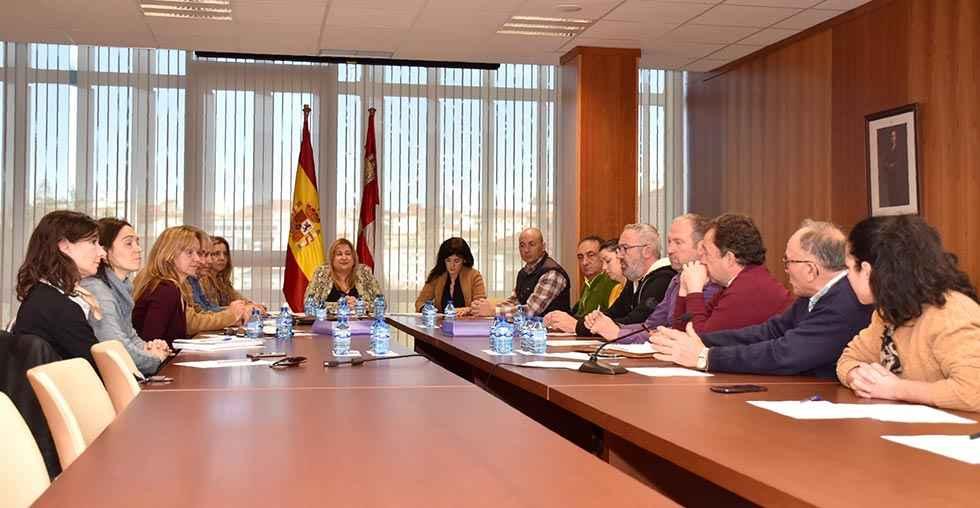 Reunión para mejorar la competitividad en agroalimentación