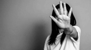 Detenido un joven por un presunto delito de violencia de género