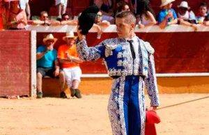 La Peña Taurina Rubén Sanz entrega sus trofeos