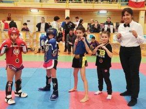 Buenos resultados en el Open Nacional de Kickboxing