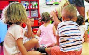 A licitación la escuela de educación infantil El Lago