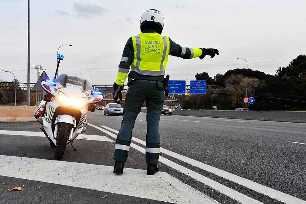 Tráfico detecta a 766 conductores sin permiso en 2019