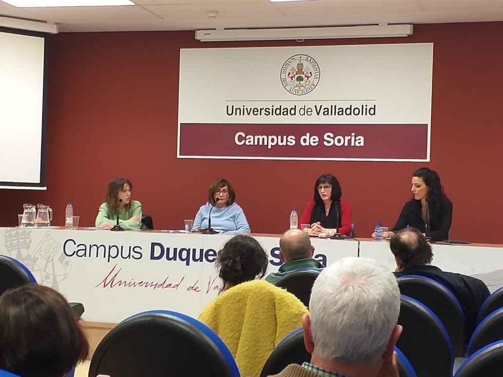Mujer, Ciencia y Reto Demográfico, en el Campus