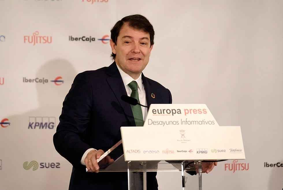Mañueco defiende la solvencia del Estado autonómico