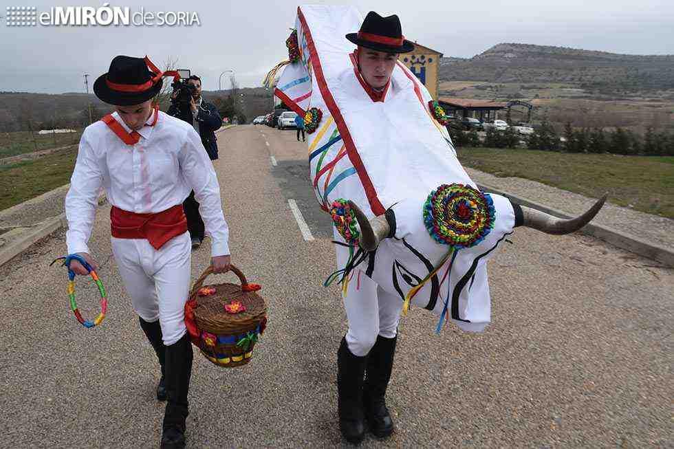 Abejar revive la barrosa, la tradición carnavalesca más antigua