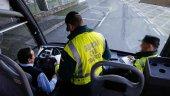 Tráfico vigila la seguridad de transporte escolar