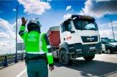 La DGT vigila camiones y autobuses en campaña de TISPOL