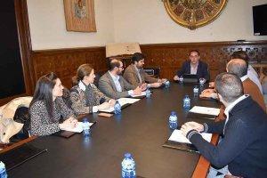 Diputación y AJE coinciden en jóvenes empresarios para fijar población