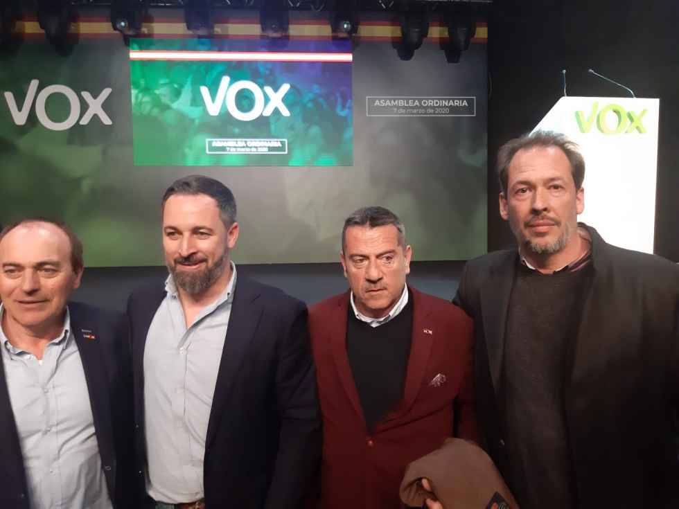 Los dos miembros de Vox superan la cuarentena voluntaria