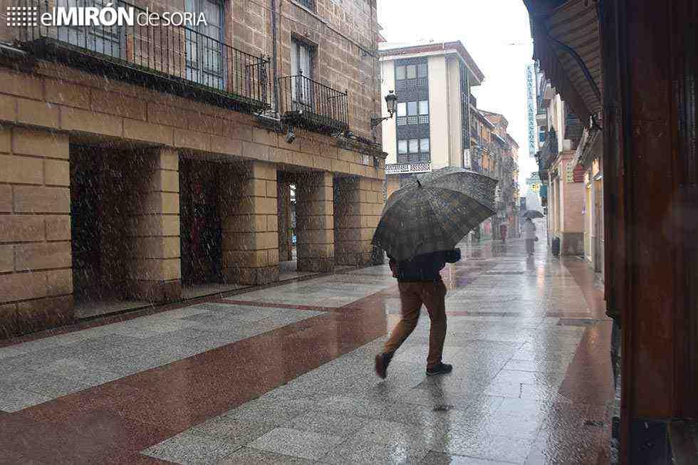 Denunciada una persona por pasear junto al Duero