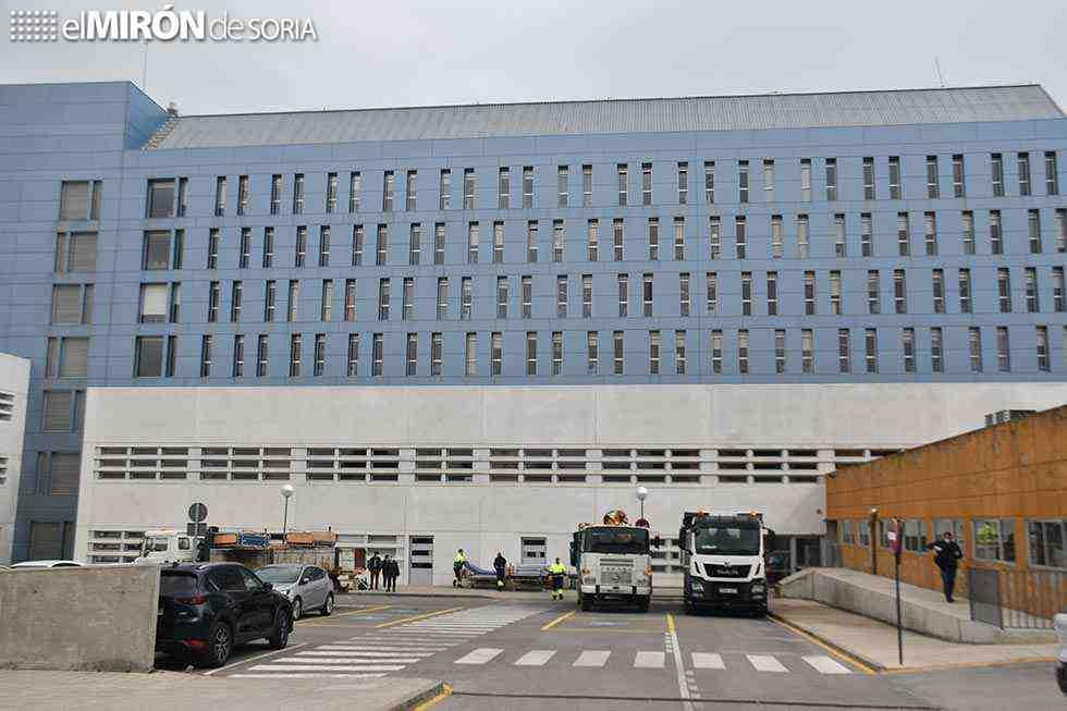 El hospital tiene 94 camas de aislamiento por el coronavirus