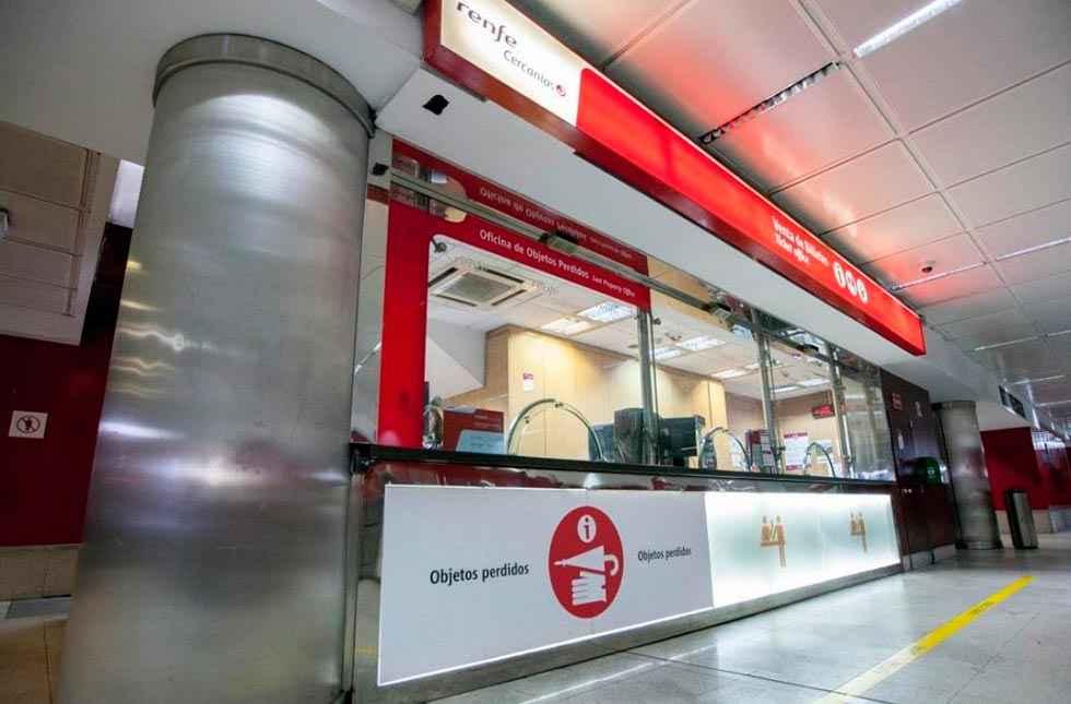 Renfe suspende el pago en metálico