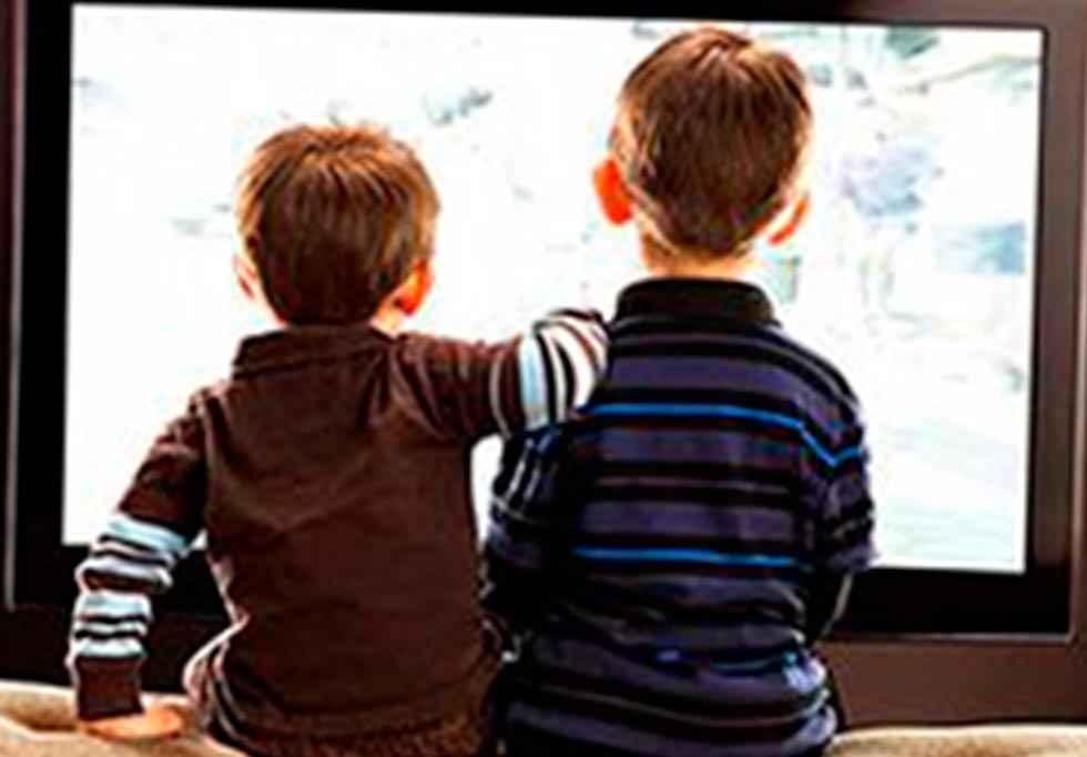 Educación facilita contenidos escolares a través de televisión