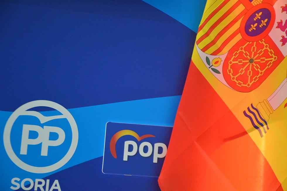 El PP pide que las banderas ondeen a media asta