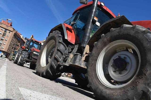 El campo protesta: tractorada y manifestación - fotos