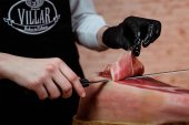 Donan eurolonchas de jamón serrano para hospitales