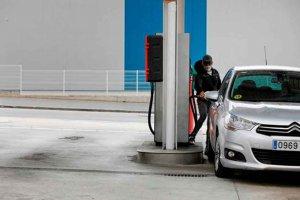 El precio de la gasolina se desploma con confinamiento