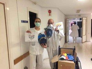 Almazán dona Snorkell al hospital Santa Bárbara