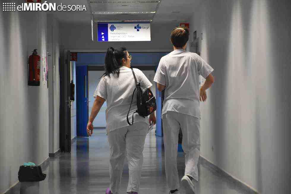 IU denuncia que Sanidad no renovará contratos de refuerzo sanitario