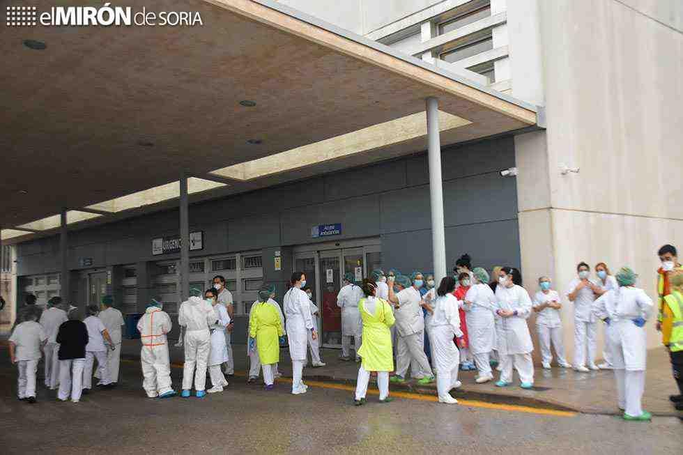 El PSOE pide contratar a profesionales de refuerzo en crisis sanitaria