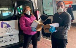 La Diputación entrega material para producir pantallas sanitarias