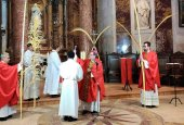 El obispo inaugura una Semana Santa