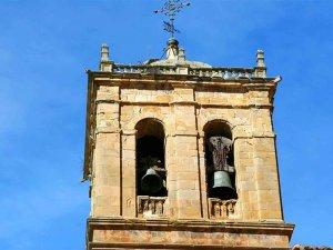 Repique de campanas en todas las parroquias