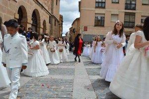Sugerencias del Obispado sobre celebración de sacramentos