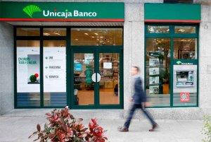 Unicaja Banco apoya a los comercios en sus TPV