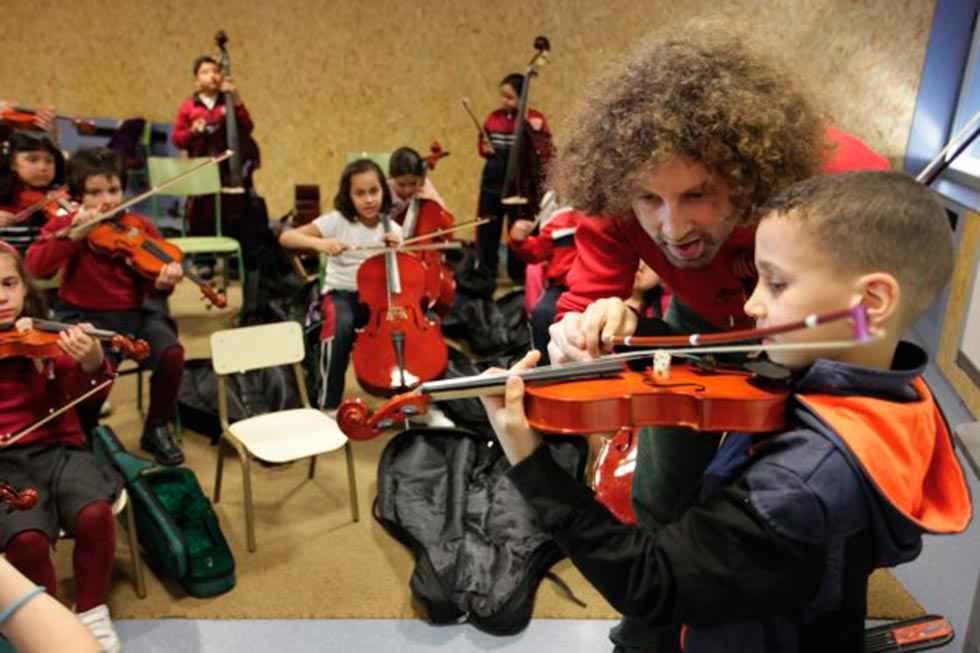 La OSCyL envia música a los centros de Educación Especial