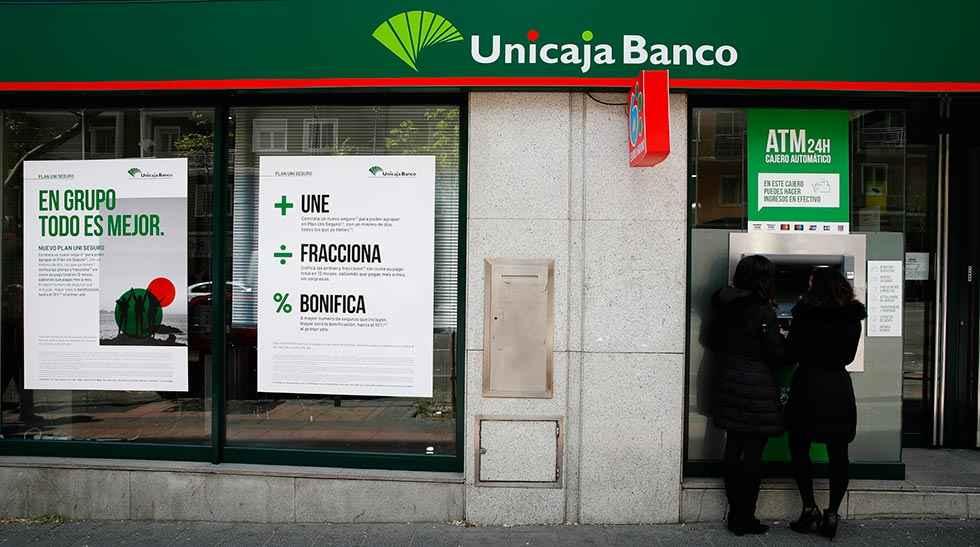 Unicaja: adelanto del pago de pensiones y prestaciones