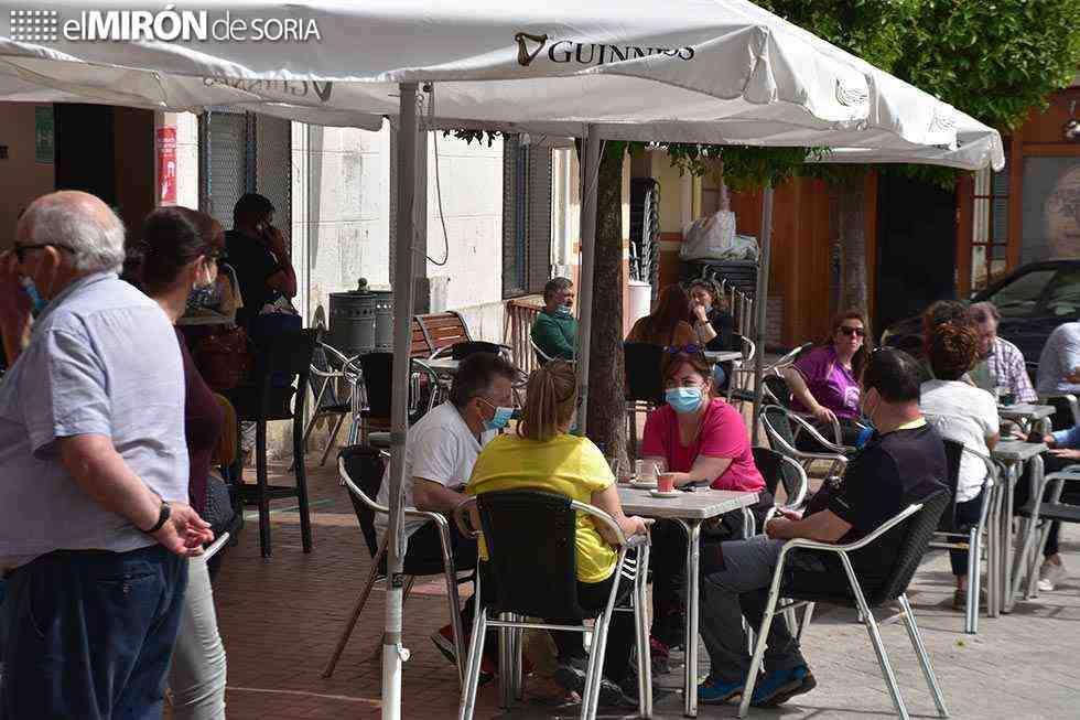 ASOTHUR celebra la apertura de bares y veladores en provincia