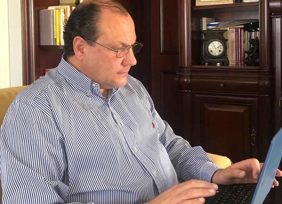 Heras subraya compromiso de Junta con liquidez municipal