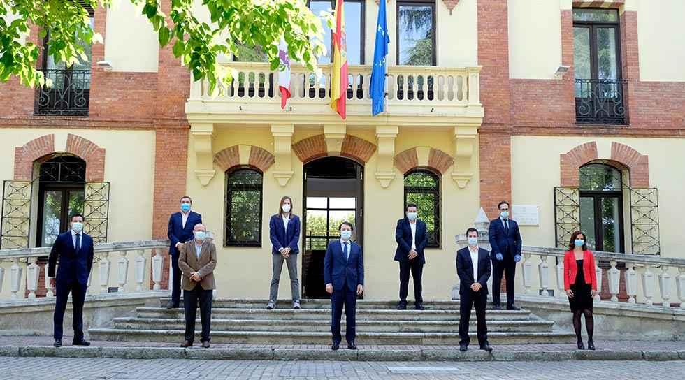 La Junta avanza en pacto por recuperación económica