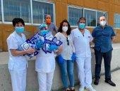 Seis AMPAs donan mascarillas al hospital