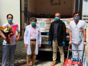 El Centro Cultural Islámico de Soria dona zumo al hospital